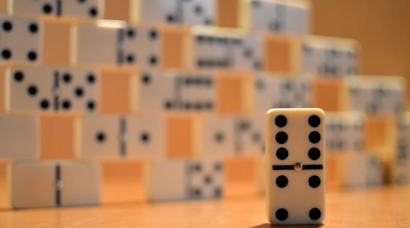 equilibre domino